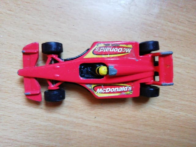 FORMULA1 HOTWEELLS