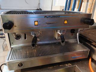 maquina de cafe dos brazos