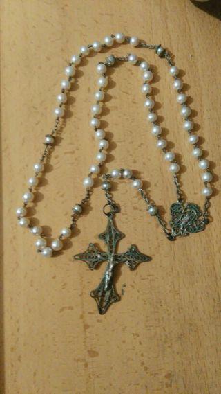 rosario muy antiguo.