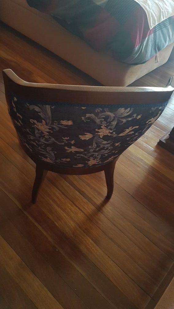 Butaca tapizada / Sillón Clásico