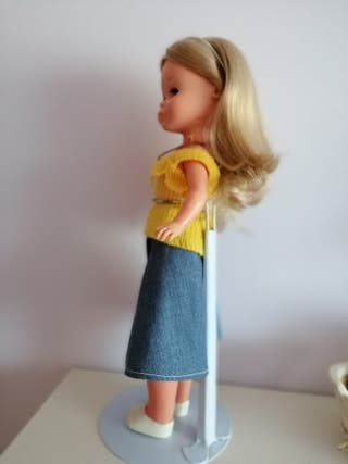 peana muñeca