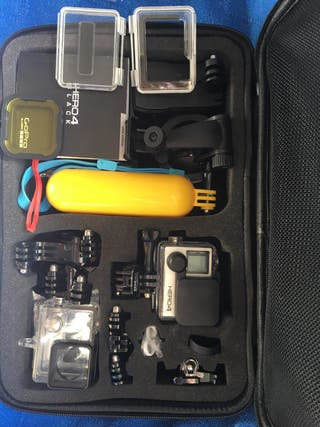 GoPro Hero 4 Black Edition + Maletin + accesorios