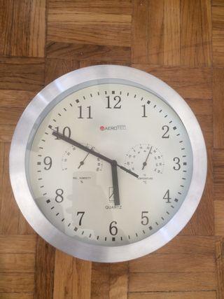 Reloj de pared QUARTZ Aerotec