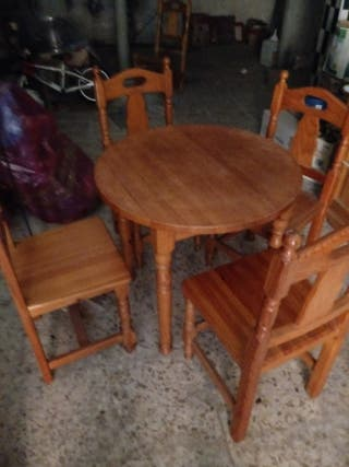 sillas y mesas madera para hogar o casa campo