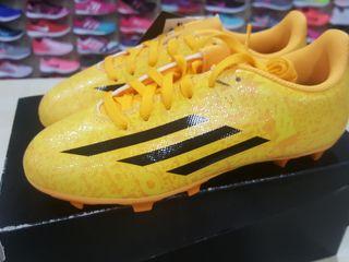 bota futbol adidas 35