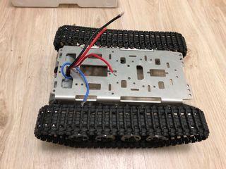 Oruga rc quitanieves robot