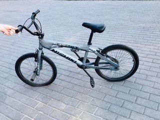 Bicicleta NISHIKI TWIST -BMX RACE negociable