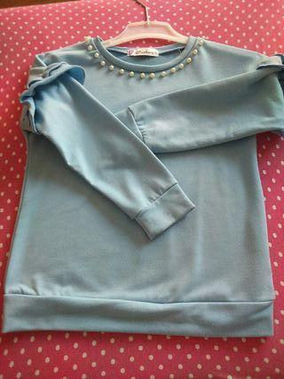 Camiseta niña talla 10 volantes y perlas