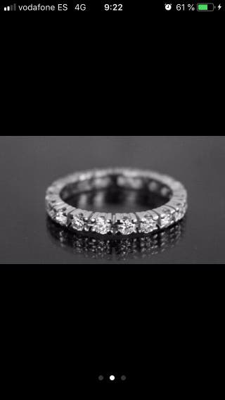 Diamantes y Oro Blanco 18 kt