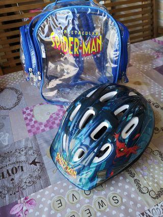 casco Spiderman y protección bici niño