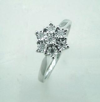 ead4ed0dd305 Anillo de compromiso diamante de segunda mano en Madrid en WALLAPOP