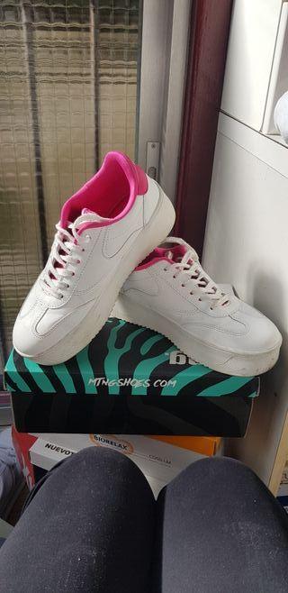Zapatillas deportivas de segunda mano en Donostia-San Sebastián en ... 0e61baae32d5c