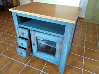 Preciosa mesa tv estilo industrial