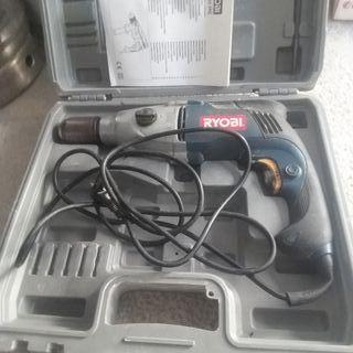 Taladradora eléctrica