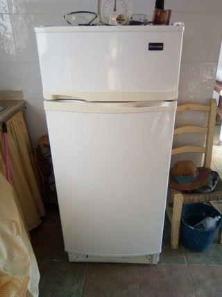 frigorífico de bombona de gas butano