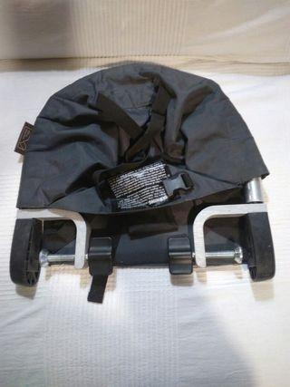 Trona portatil universal Mountain buggy