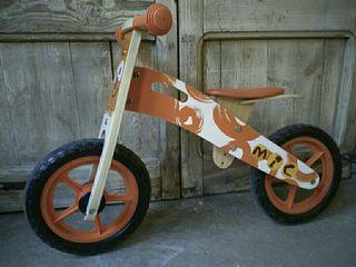 Bicicleta Mic de fusta