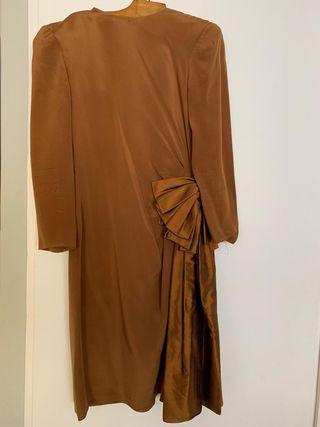 Vestido ocre de vestir