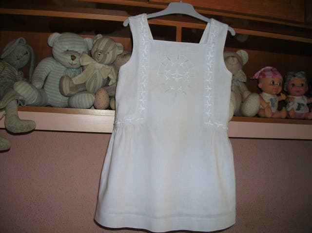 867e141b7 Vestido de GOCCO talla 6 años impecable de segunda mano por 6 € en ...