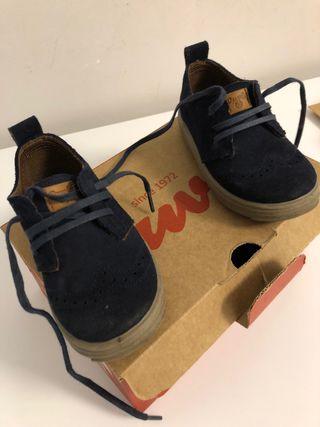 Zapatos niño piel marca duvic talla 23