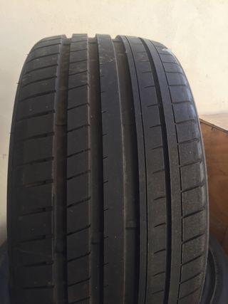 4 Neumáticos Infinity 255-35-20 97Y