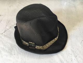 Gorro negro disfraz