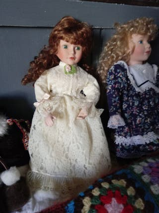 muñecas porcelana