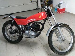 Montesa Cota 247 trial