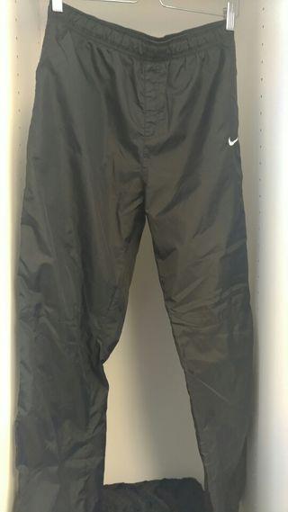 En Donostia Sebastián Mano Nike Wallapop San De Pantalones Segunda BxqI76R