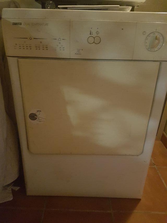 Secadora Zanussi funciona perfectamente