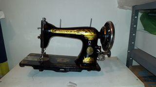 Maquina de coser Singer antigua del 1902