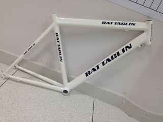 cuadro bicicleta a estrenar