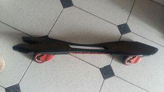 patines y monopatín