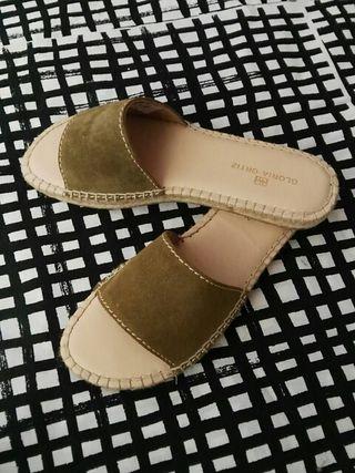 zapatos Gloria Ortiz nuevos