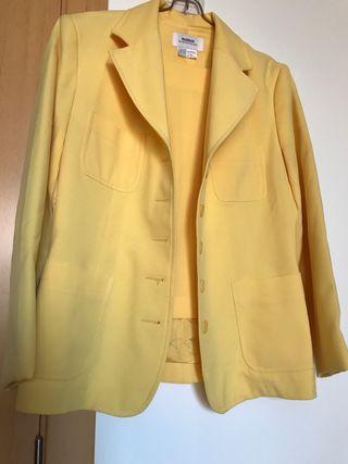 Precioso traje mujer t.40 Trafaluc chaqueta/falda