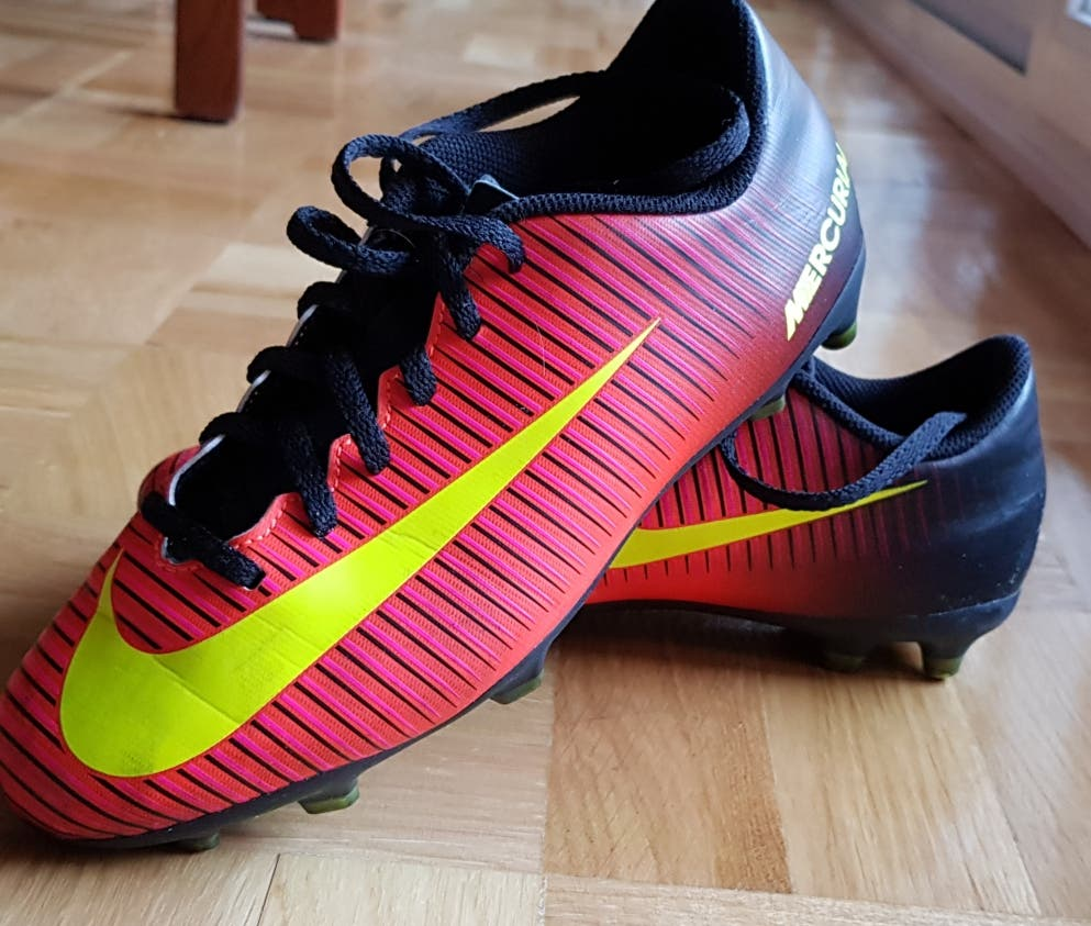 Botas nike futbol usado - compra   venta - los mejores precios d226f957249c4