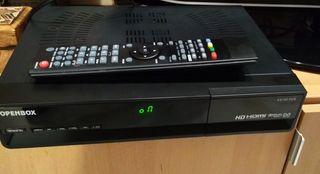 Receptor satélite Openbox S9 HD averiado