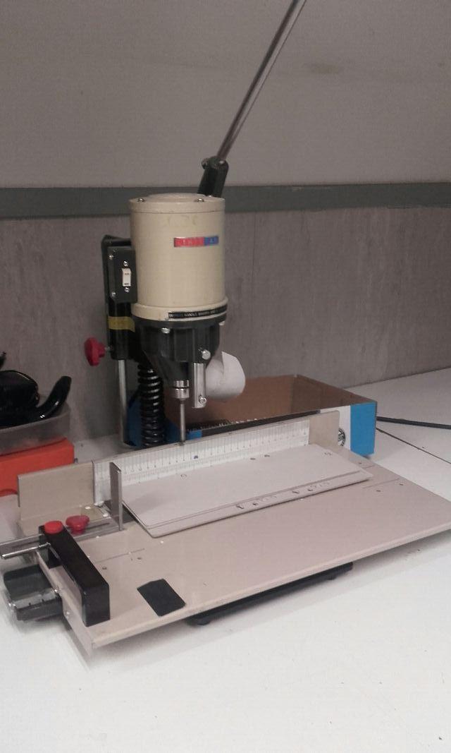máquina taladros industrial