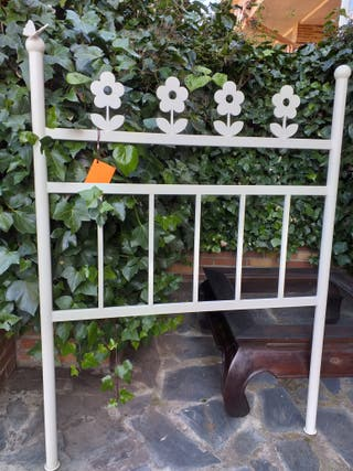 Cabecero flores forja blanco para cama 90