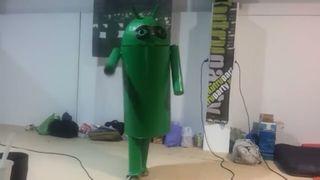 disfraz de Android enmascarado