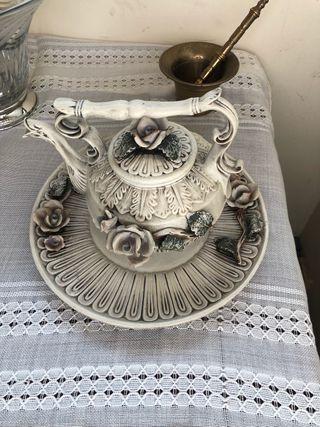 Tetera se porcelana