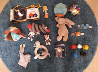 juguetes tela bebé