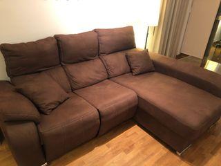 Sofá de 2 plazas + chaiselonge con relax a motor
