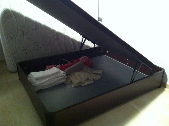 canapé 150 x 2,00 metros