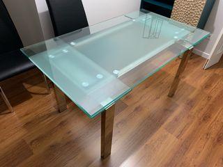 Mesa de cristal extensible + 8 sillas polipiel