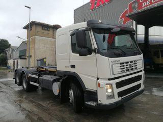 Camión Volvo FM12 420 6X2 Gancho Multilif