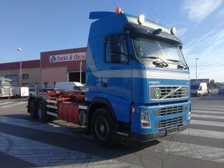 Camión Volvo FH440 6x2 Gancho Multilif