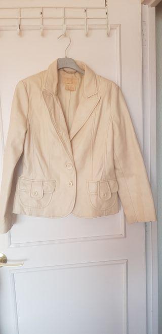 chaqueta piel Mango