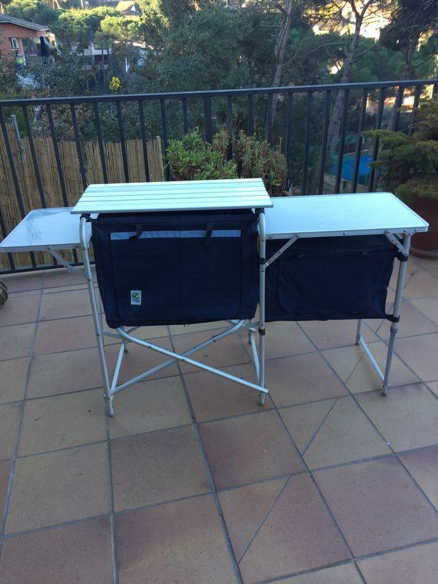 Mesa cocina camping de segunda mano por 95 € en Cardedeu en WALLAPOP