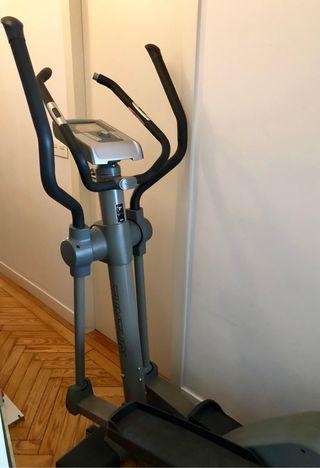 Bicicleta estática TUNTURI C60-16
